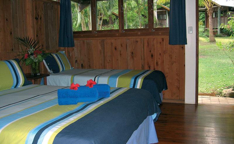 mungumby lodge bungalow