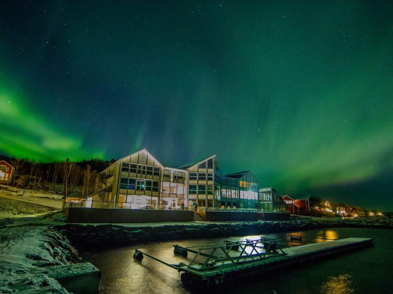 northern norway malangen resort aurora