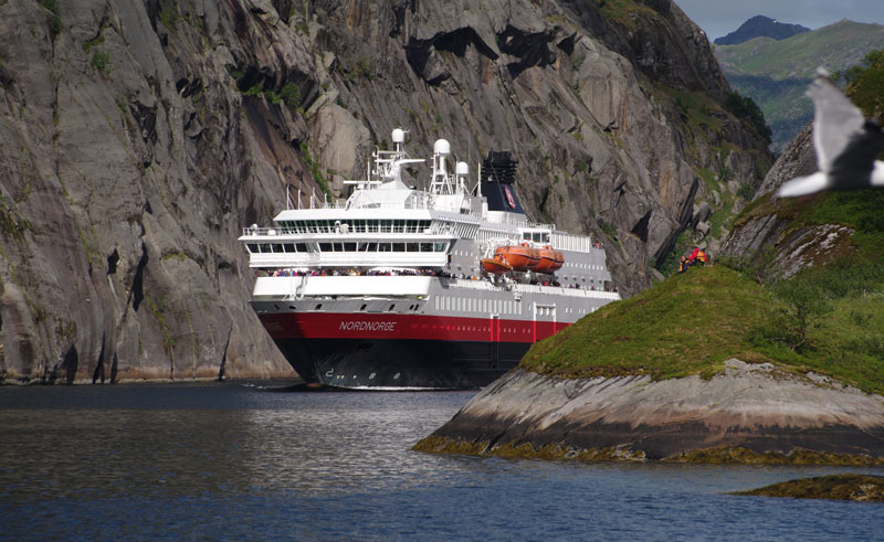 norway coastal voyage hurtigruten2