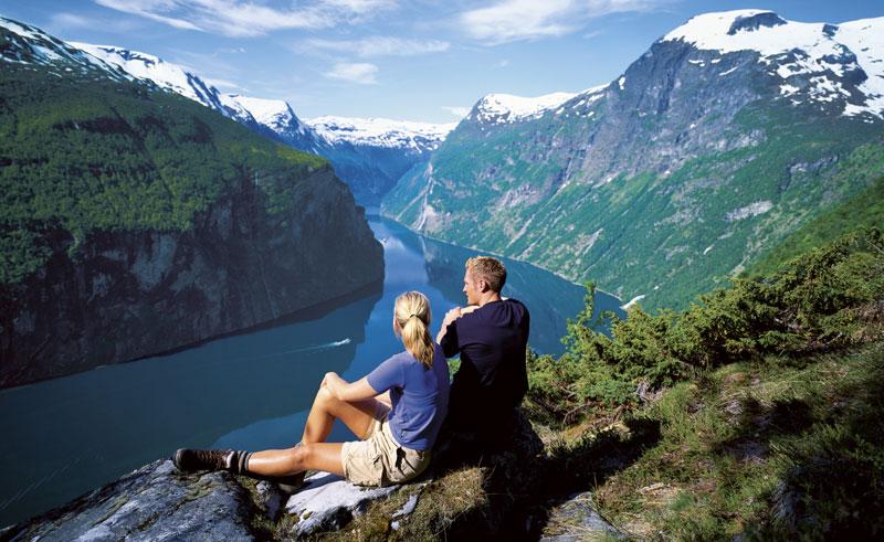 norway fjords geirangerfjord viewpoint vb