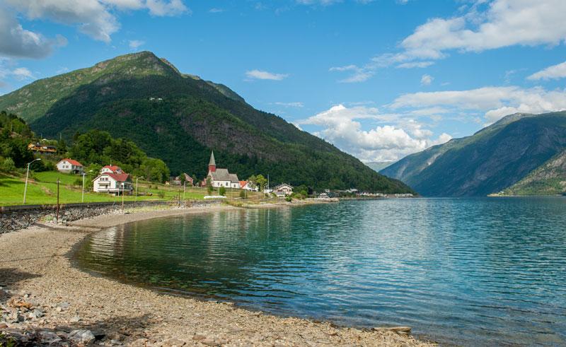 norway fjords lustrafjorden is