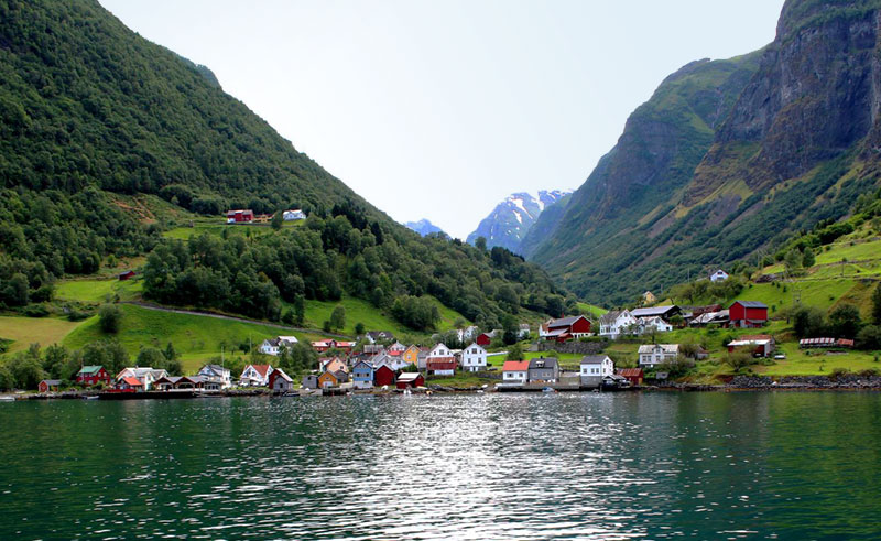 norway fjords undredal colourful houses