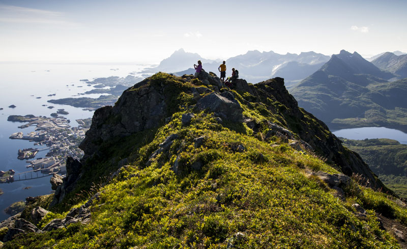 norway lofoten mountain hikers viewpoint vn