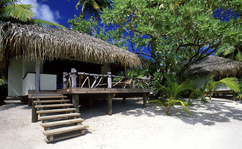 pacific resort aitutaki beachfront bungalow