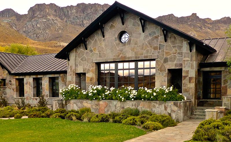 patagonia chacabuco lodge exterior