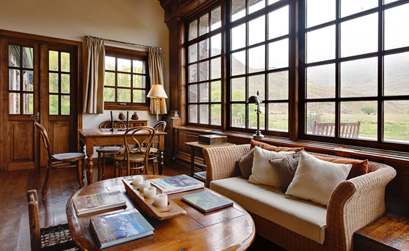 patagonia chacabuco lodge lounge