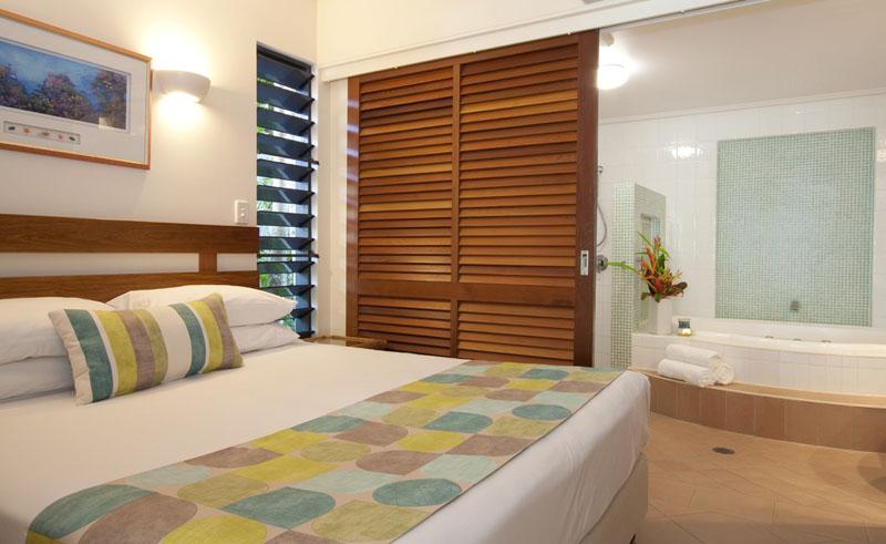 peninsula boutique hotel guestroom