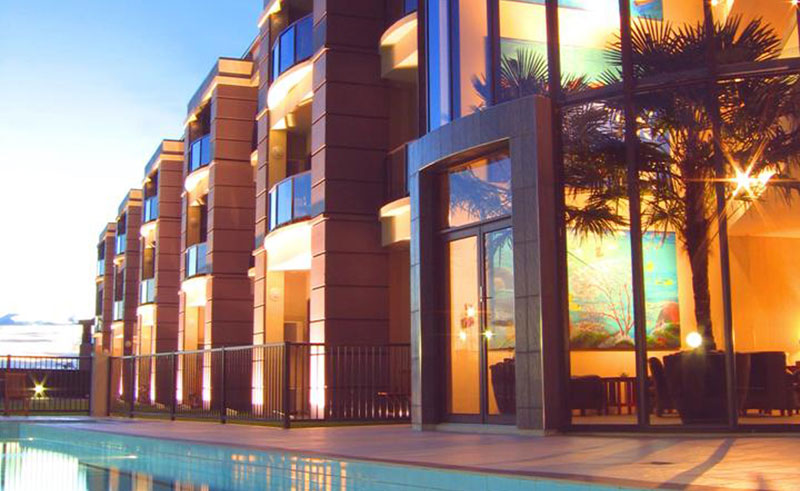 portside hotel exterior