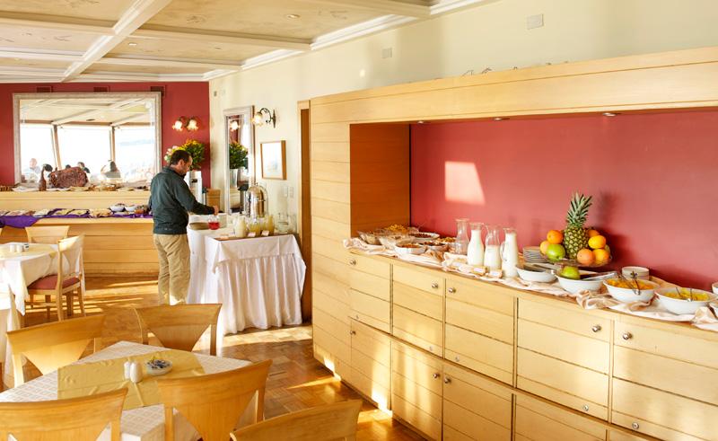 puerto varas bellavista breakfast bar