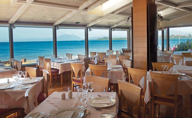 puerto varas bellavista dining area view