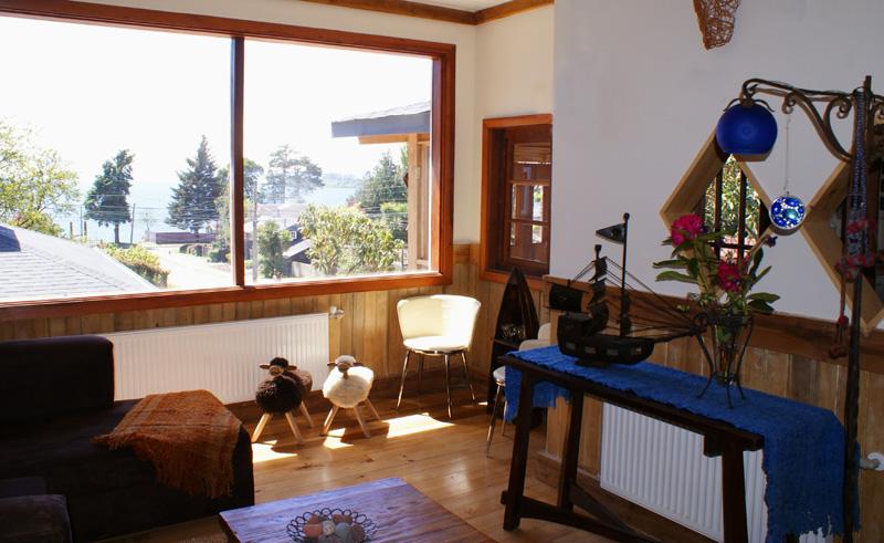 puerto varas casa kalfu lounge view