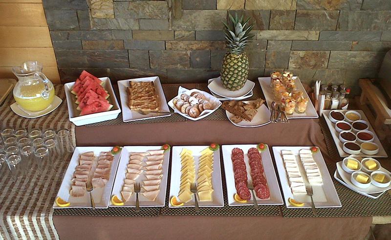 puerto varas puerto chico breakfast bar