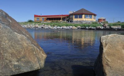 seal river lodge exterior