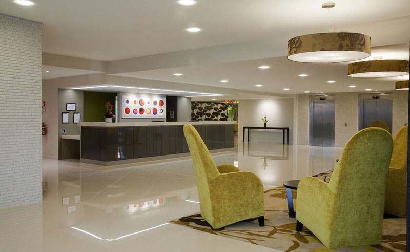 sudima hotel reception