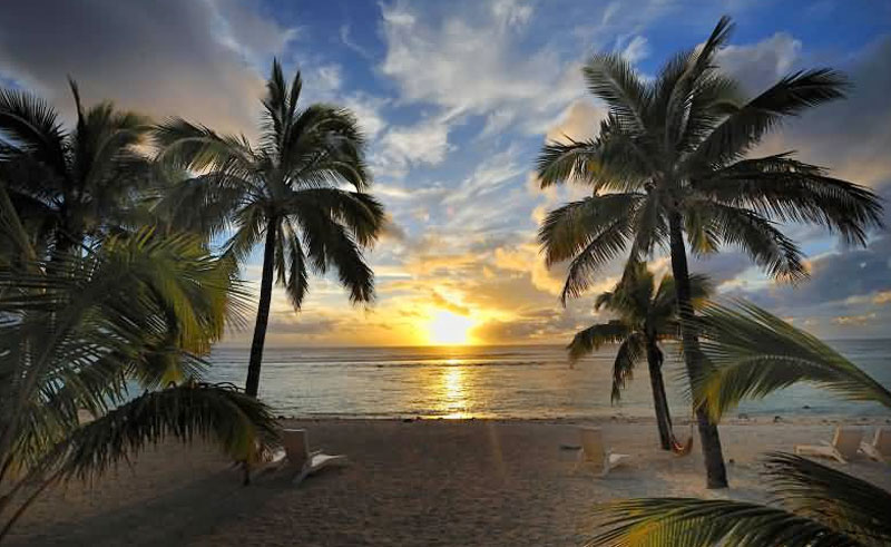 sunset resort rarotonga beach at sunset