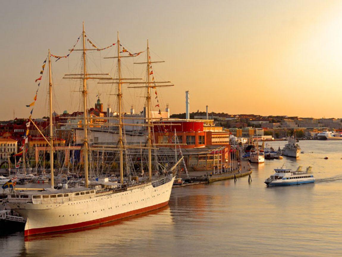 sweden gothenburg harbour sunset vs