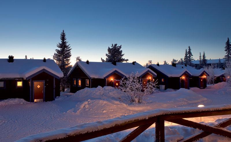 sweden lapland icehotel cabins dusk rth