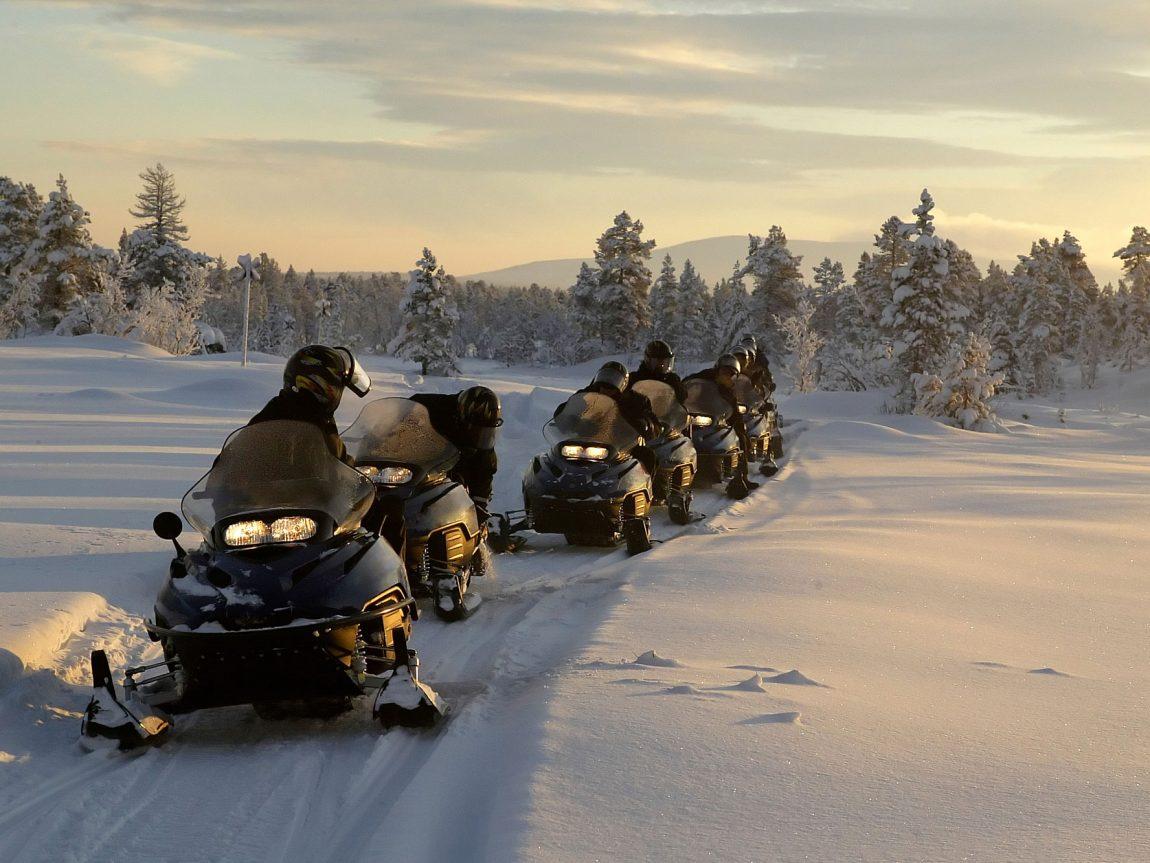 sweden lapland snowmobile safari istk