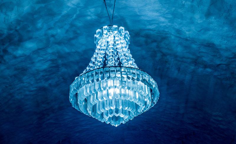 swedish lapland icehotel365 ice chandelier main hall 1617 ih
