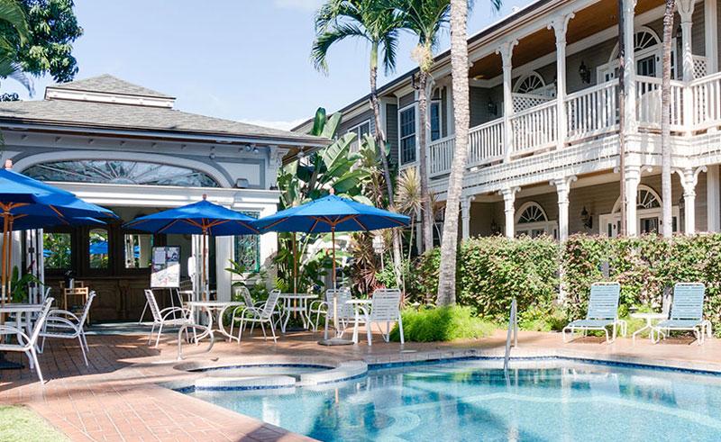 the plantation inn pool bar