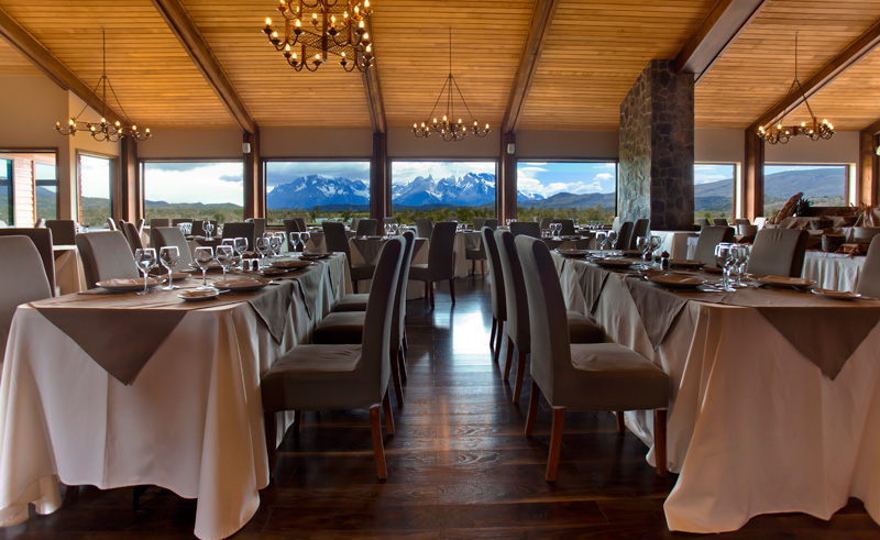 torres del paine rio serrano dining with view