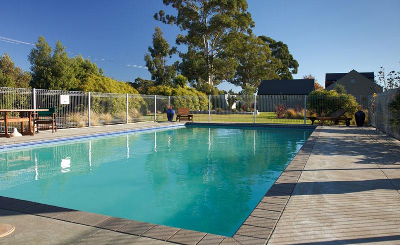 vintners retreat pool