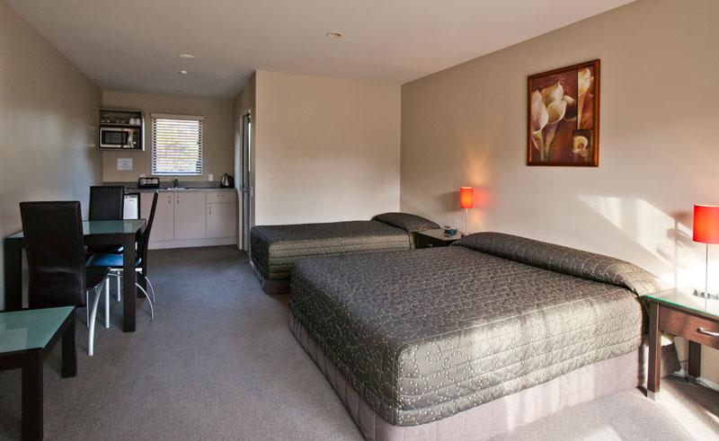 58 on cron bedroom 2