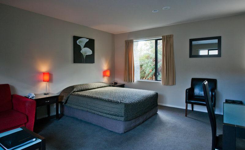 58 on cron bedroom