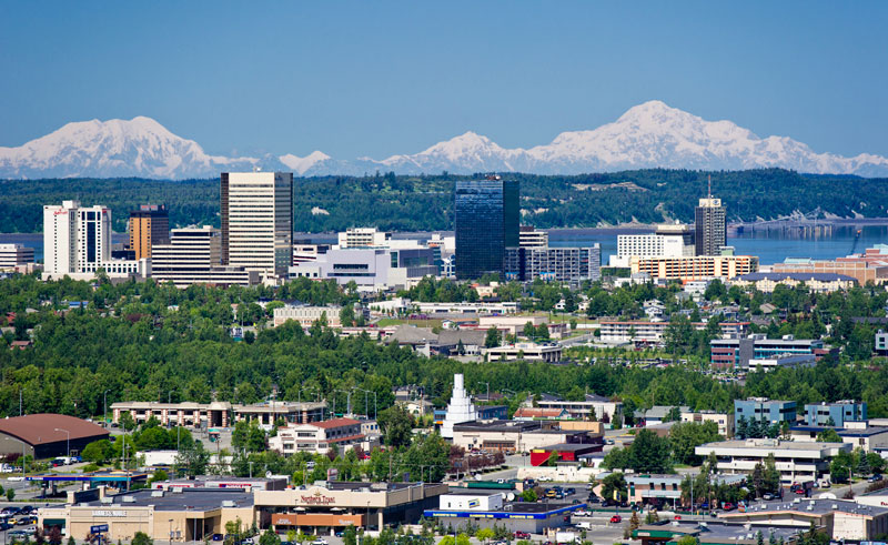 alaska anchorage skyline and mountains at