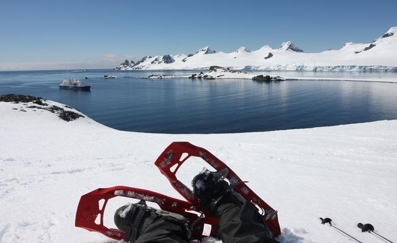 antarctica snowshoeing qe