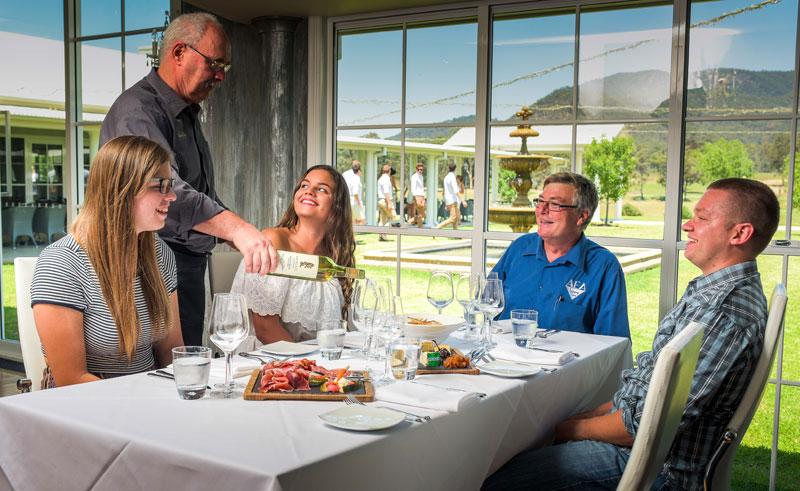 australia nsw hunter valley wine tasting2