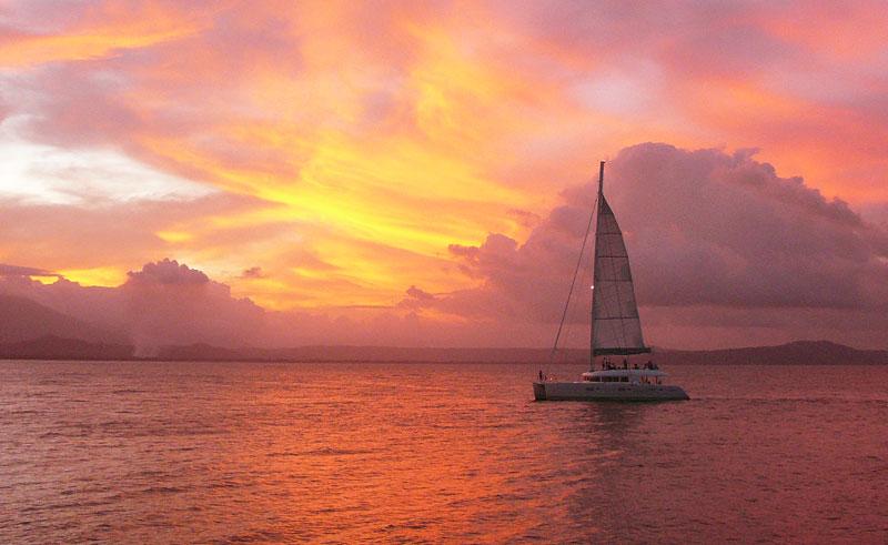 australia queensland tropical journeys aquarius sailing sunset