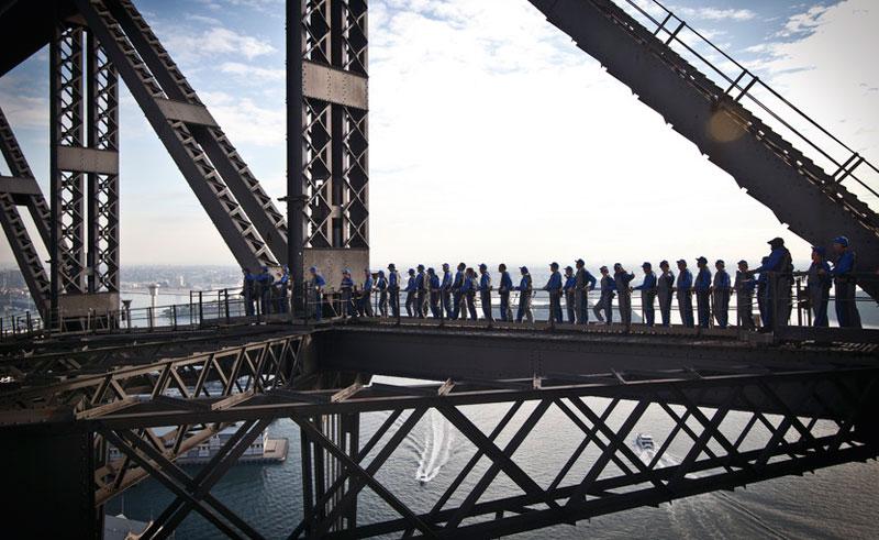 australia sydney harbour bridge climbers