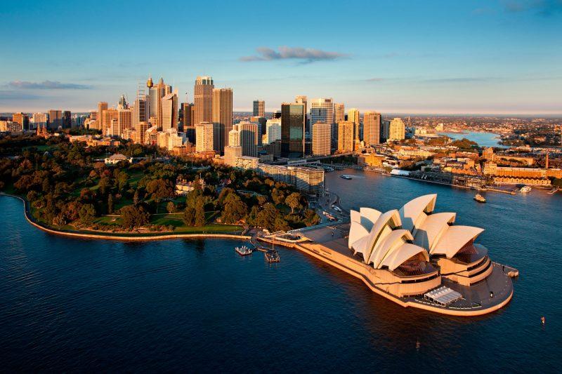 australia sydney opera house and skyline dnsw er