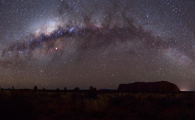 australia uluru astro night sky tour milky way