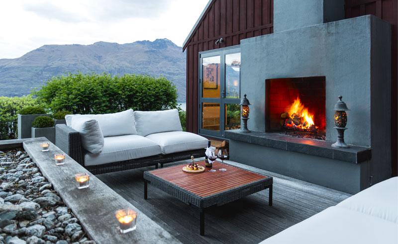 azur lodge outside fire