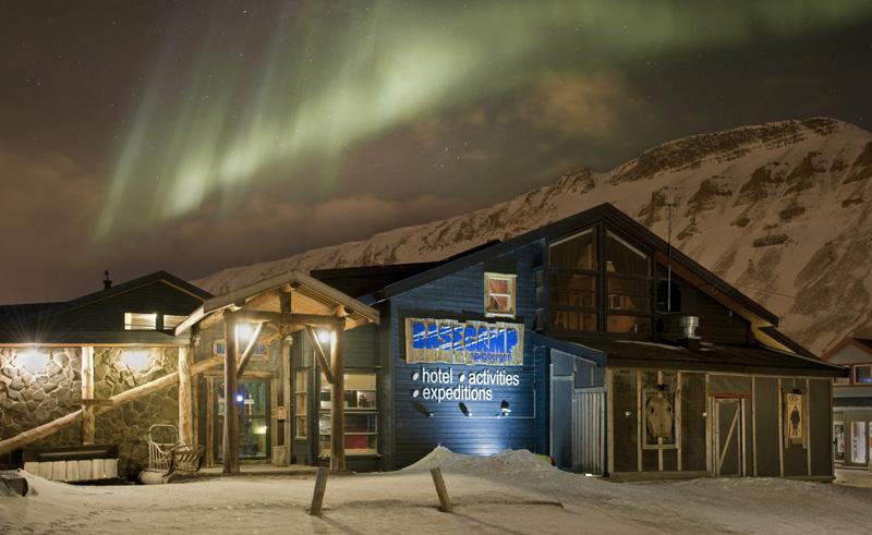basecamp hotel longyearbyen