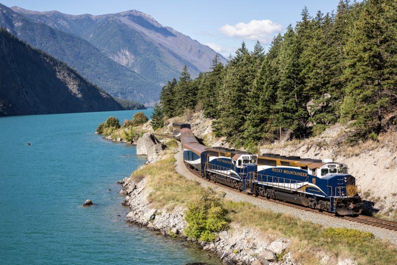 canada rocky mountaineer train2 rm