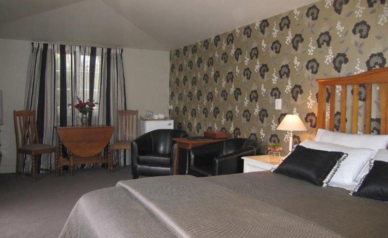 cheltenham house bedroom