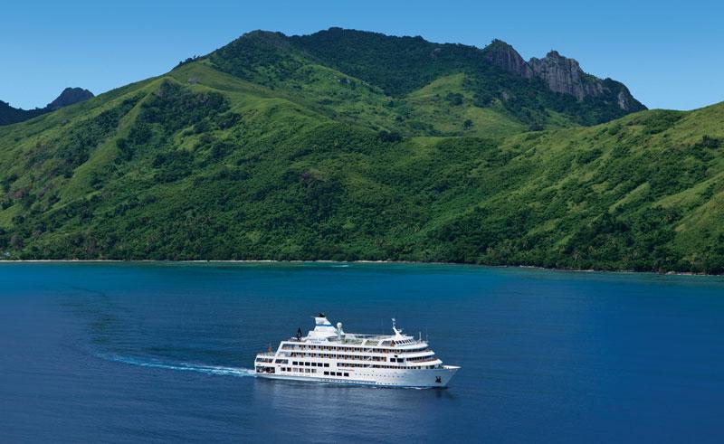 fiji reef endeavour cruise ship ccc