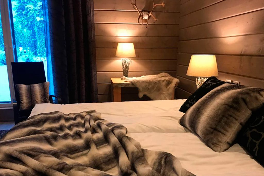 finland lapland inari wilderness hotel room