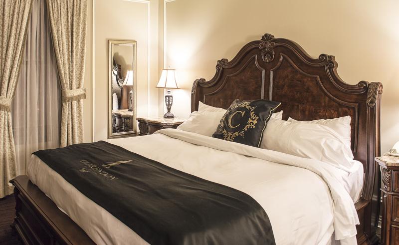 hotel clarendon qubec city bedroom