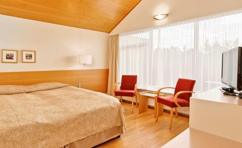 hotel fludir bedroom