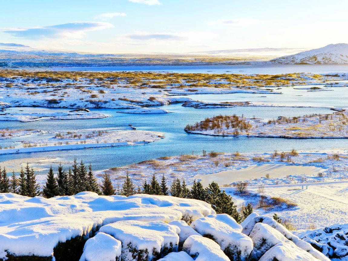 iceland south west thingvellir winter sun istk