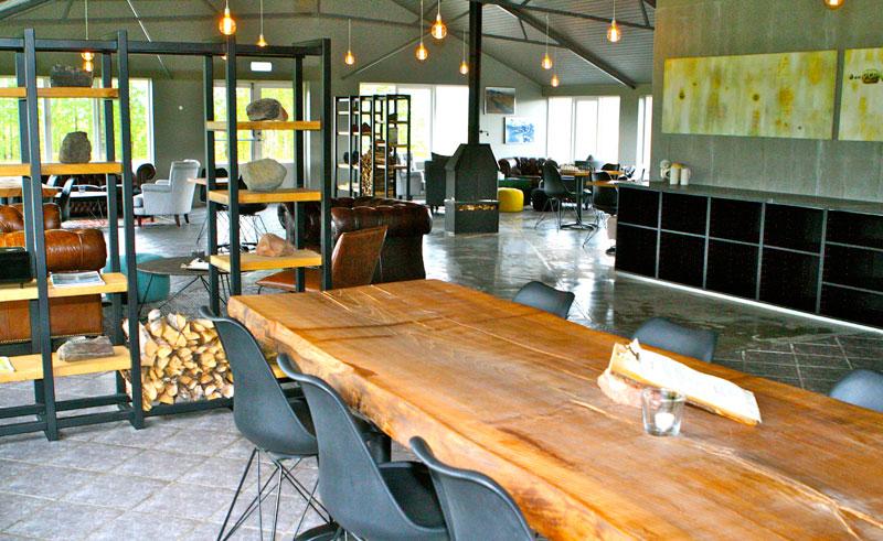 litli geysir hotel breakfast area