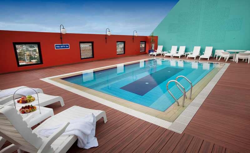 mercure hotel perth rooftop heated swimming pool