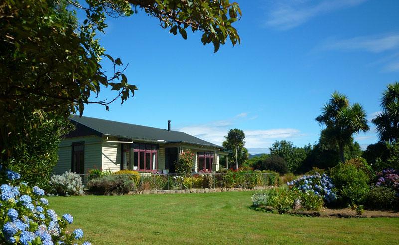 mohua park cottages homestead cottage