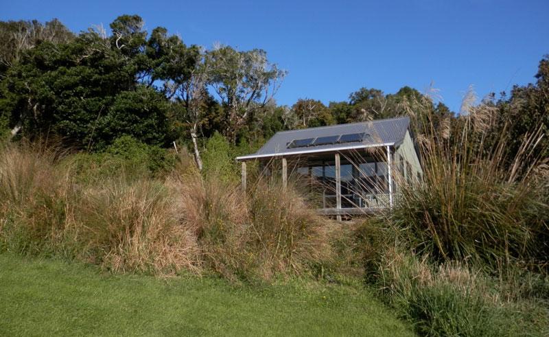 mohua park cottages nz exterior view
