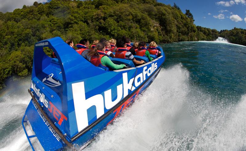 new zealand huka falls jet taupo3