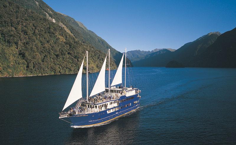 new zealand southern lakes doubtful sound overnight cruise 2